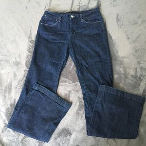 Flared Levi jeans